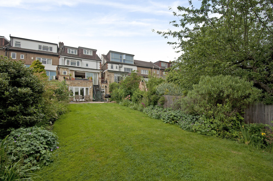 Large Property Near Queen 39 S Wood Wood Vale N10 Becky Beach