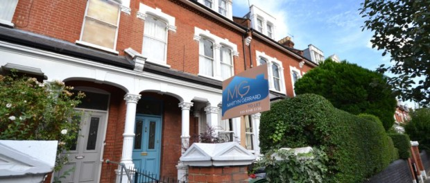 property to rent in N8