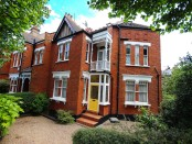 House for sale on Park Avenue N8