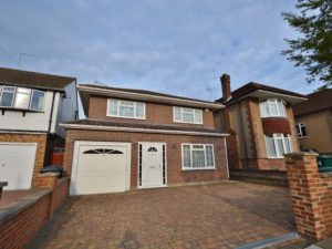 Barnet property to let