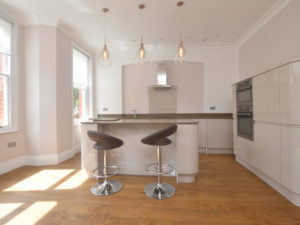 flat to rent in N10